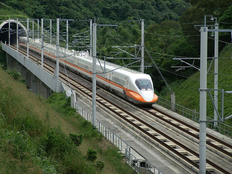 信實公司承接台灣高速鐵路股份有限公司高鐵台北隧道段一般機水電設施維修保養案