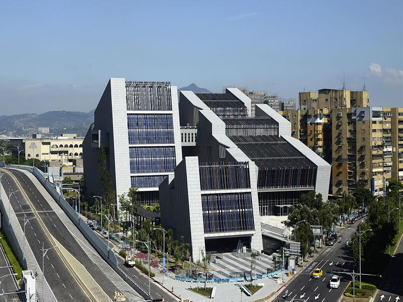 信實公司於107年1月1日起承接臺灣戲曲中心107及108年度委託物業管理專案服務案