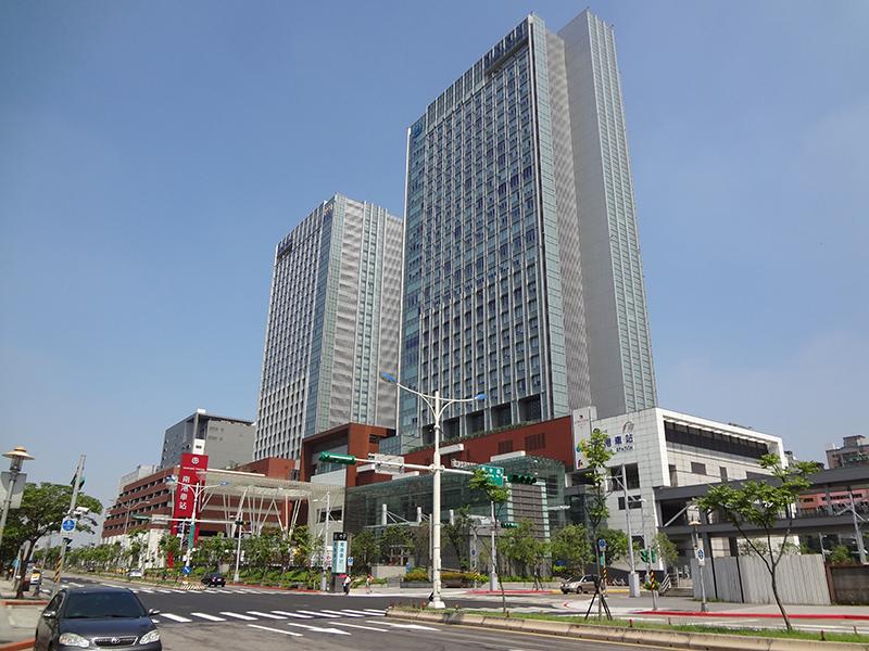 信實公司於107年11月06日起承接臺灣高鐵107-109年南港整備配送委外案