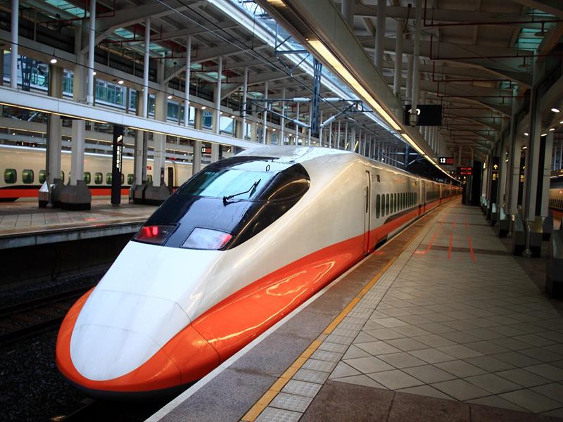 信實公司於110年7月1日起承接台灣高速鐵路股份有限公司2021-2024年高鐡車站清潔服務採購案
